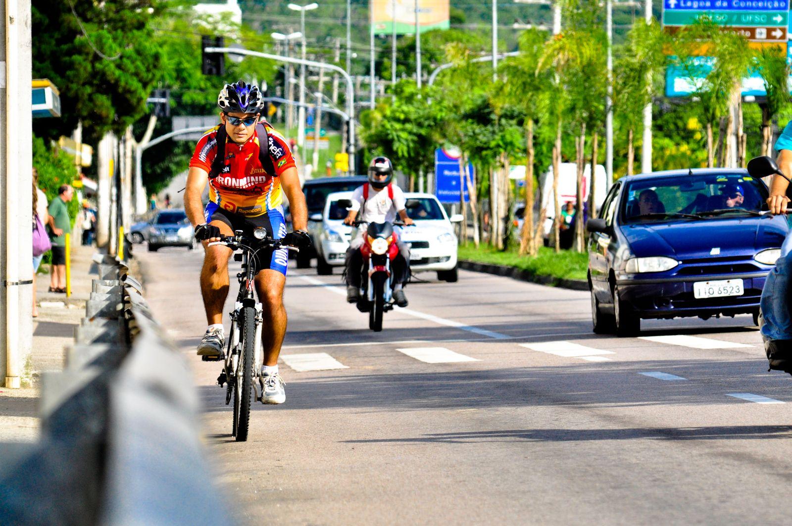 Audalio - Ciclista x carros - Fernando Mendes (9)